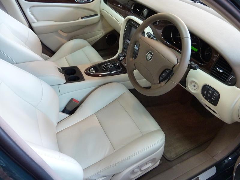 20121103-jaguar-xjr-02
