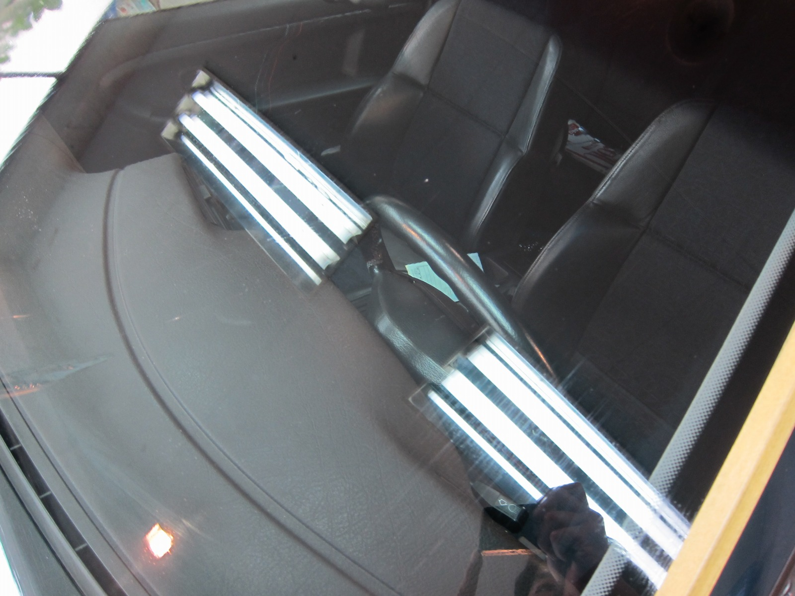 20130809-bmw-318is-04