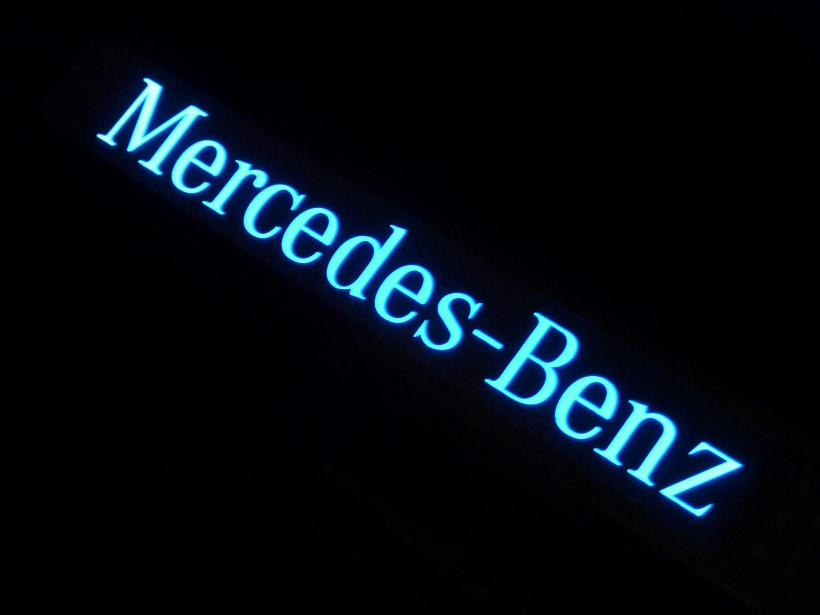 2014-0502-mercedes-benz-g350-08