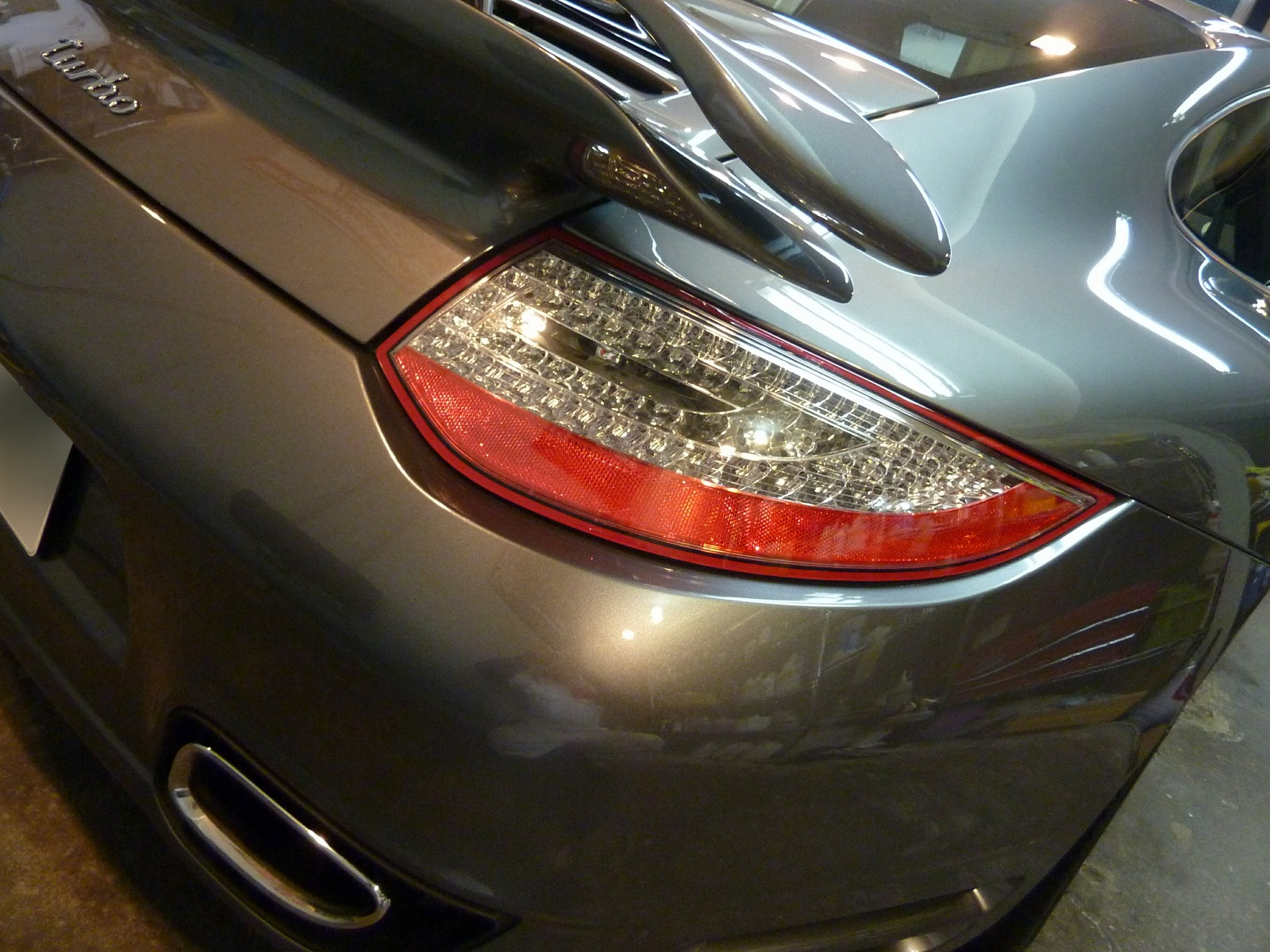 20140212-porsche-911-turbo-11