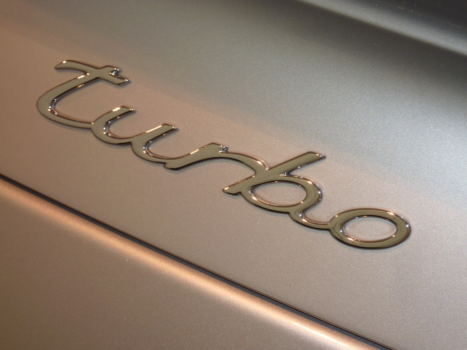 20140819-porsche-911-turbo-17