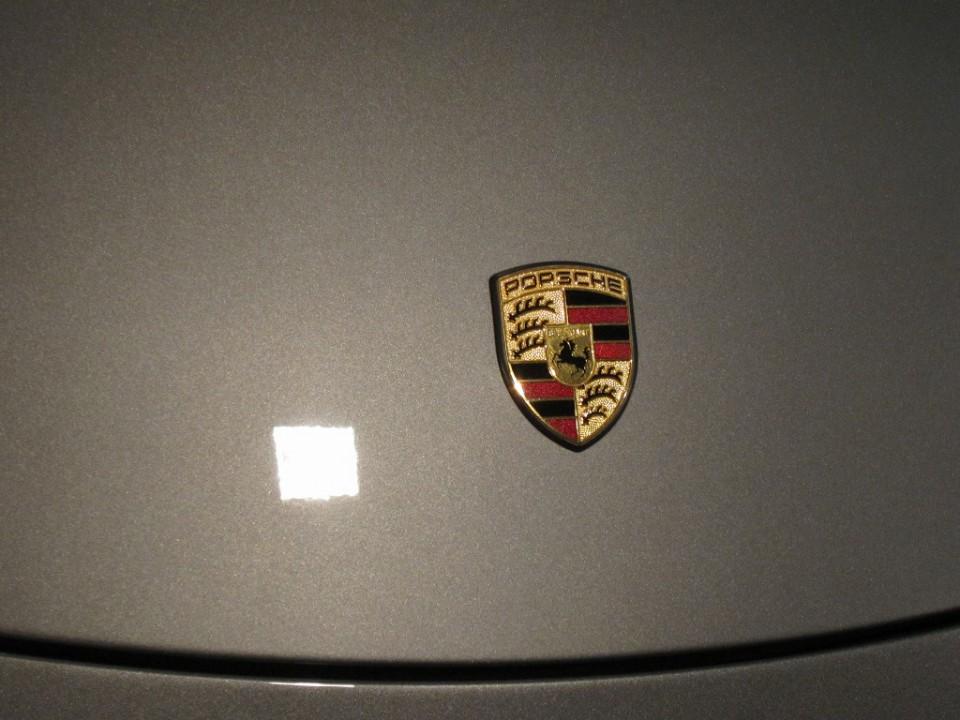 20151028-porsche-911-carrera-10